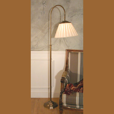 Iluminacion lamparas de pie de lectura villalba - Lamparas de mesa clasicas ...